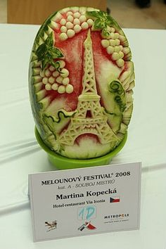 More melon carving