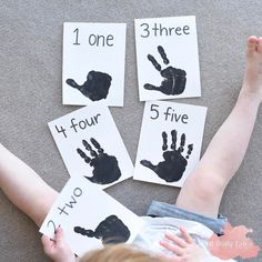 DIY Handprint Counting Flashcards for Toddlers & Preschoolers! ✋ Here's some simple Flashcards Miss2 & I made last week. She enjoyed placing her hands back onto the handprint, trying to recreate the number of fingers printed. #craftyliving #craftylivingkids