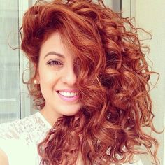 Red curly hair - who wouldn't love a look like this?