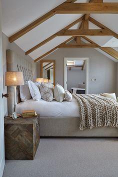 This is a Bedroom Interior Design Ideas. House is a private bedroom and is usually hidden from our guests. However, it is important to her, not only for comfort but also style. Much of our bedroom … Farmhouse Master Bedroom, Bedroom Loft, Cozy Bedroom, Home Decor Bedroom, Master Bedrooms, Master Suite, White Bedroom, Scandinavian Bedroom, Neutral Bedrooms
