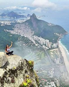 Let us be your Rio travel guide! Pedra da Gávea should go on your list of sites to see in Rio, and this beautiful city view would be yours too. Check out the exact coordinates to plan your next trip- http://sidewalkerdaily.com/photoguide-rio-de-janeiro/ #instatour