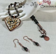 Amazing creation from Grandmother's Stash-moved to the #Sale section! KM http://ift.tt/1TlF8vF by kraftymax