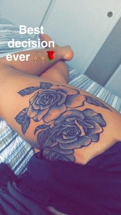 Have Tattoos Like Your Favorite Celebrity! Look like a star with our collection of Celebrity Tattoos! Rose Tattoo Thigh, Rose Tattoos, Sexy Tattoos, Flower Tattoos, Body Art Tattoos, Tattoos Pics, Tattoo Arm, Tatoos, Thigh Tattoo Flowers