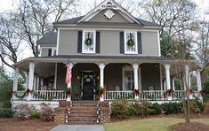 A Christmas Tour of Historic Homes in Marietta, Georgia