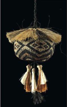 Flax Weaving, Green Tara, Maori Designs, Photography Themes, Maori Art, Weaving Patterns, Brownie Points, Textiles, Tapestry