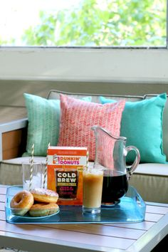 Ice coffee fans, I've got the perfect summer drink for you that can easily make at home with Dunkin' Donuts Cold Brew from @Walmart  #ad #DunkinYouBrewYou http://bit.ly/2y8ub2a