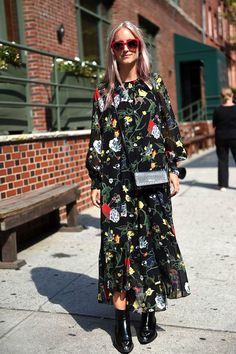 How To Style A Maxi Dress For Fall | Le Fashion | Bloglovin'