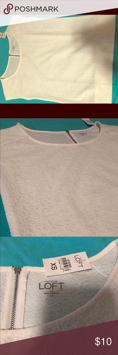 Textured LOFT tee with zipper Beautiful LOFT tee with zipper detail and texture. New with tags, never worn. LOFT Tops Tees - Short Sleeve