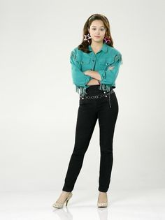 """THE GOLDBERGS - ABC's """"The Goldbergs"""" stars Hayley Orrantia as Erica Goldberg. Description from mytakeontv.com. I searched for this on bing.com/images"""