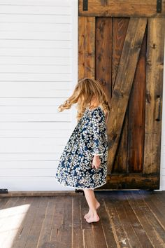 The perfect navy blue and ivory floral dress for spring, summer, or fall! This dress is also great for family pictures! It will match everything and be the perfect accent in any photo. Family Picture Outfits, Baby Size, Flower Dresses, Navy Dress, Your Girl, Family Pictures, Girl Outfits, Summer Dresses, Stylish