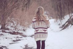 oversized sweaters.♡