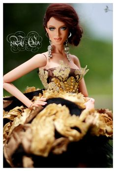 NiGel.ChiA a fashion design victim: The Rose D'or Deva Doll