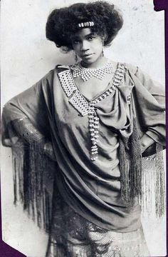 vintage Aida Overton Walker, c. Abyssinia costume one Aida Overton Walker, c. Abyssinia costume one Vintage Black Glamour, Vintage Beauty, Fashion Vintage, Women In History, Black History, 3d Foto, African Diaspora, My Black Is Beautiful, African American History
