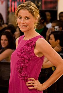 Julie Bowen (born March 3, 1970) is an American film and television actress who is known for playing Carol Vessey on Ed (2000–2004), Deni...