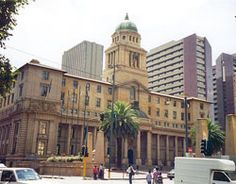 Enlarge / Johannesburg City Hall (credit score: Chris Eason) Johannesburg, the most important town in South Africa and the biggest town international… Johannesburg City, Provinces Of South Africa, Big Town, Technology World, Beaches In The World, Worlds Largest, Tourism, Street View, Places