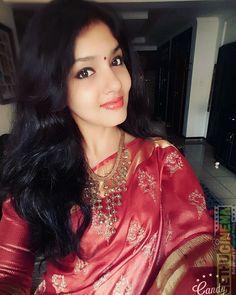 4g Tamil Movie Actress Gayathri Suresh Latest HD Images - Gethu Cinema All Indian Actress, Indian Actress Gallery, Most Beautiful Indian Actress, Indian Actresses, Indian Girl Bikini, Indian Girls, Celebrity Selfies, Beautiful Girl Photo, Indian Beauty Saree