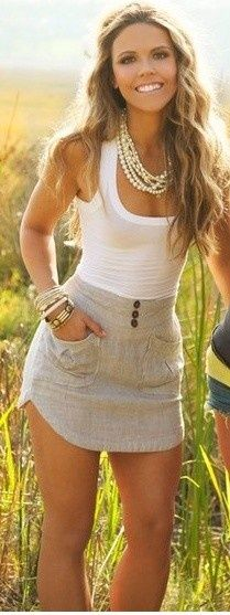 asymmetrical skirt! So cute