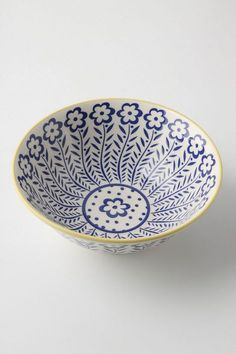 ++ atom art serving bowls - already have these and love them Pottery Painting, Ceramic Painting, Ceramic Art, Pottery Bowls, Ceramic Pottery, China Painting, Polish Pottery, Ceramic Design, Hand Painted Ceramics
