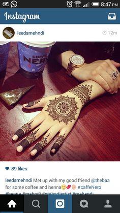 Henna Mehendi, Arte Mehndi, Mehandi Henna, Henna Ink, Tattoo Henna, Henna Tattoo Designs, Mehndi Art, Pretty Henna Designs, Beautiful Mehndi Design