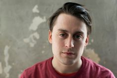 The Revival of Kieran Culkin: A Reluctant Star Seizes the Spotlight - The Daily Beast Kieran Culkin, Rory Culkin, Star Citizen, Macaulay Culkin, Broadway Plays, Star Wars, The Daily Beast, Sport, Spotlight