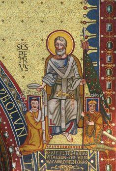 mosaic of charlemagne and leo ii- CHARLEMAGNE. 4) BIOGRAPHIE. 4.6 COURONNEMENT IMPERIAL (800). 4.6.1: FACTEURS GENERAUX, 10: La situation de la papauté: Léon III est notamment poursuivi par des rumeurs sur l'immoralité de son comportement. Léon III est donc très dépendant de la protection de Charlemagne.