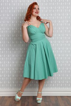 Daisi-Minty - Swing dress with pleated bust / MISS CANDYFLOSS