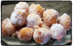 Tvarohové koblížky Czech Recipes, New Recipes, Sweet Recipes, Snack Recipes, Snacks, Hungarian Recipes, Lemon Desserts, Sweet Tooth, Food And Drink