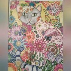 Mais uma pinturinha do meu livro: Creative Cats #creativecats  #livrodecolorir…