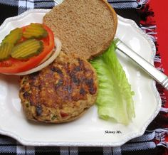 Tasty and juicy, this Turkey Burger with Sun-Dried Tomatoes & Feta Cheese is a lean burger to enjoy for lunch.  One burger patty is 185 calories.