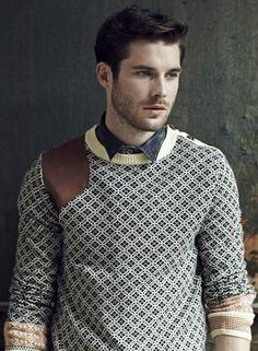 River's Island shoulder patch men's sweater