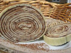 Bolo de rolo Cheesecake, Deserts, Pie, Sweets, Cookies, Baking, Ethnic, Drink, Rolo