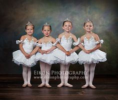 I like the idea of linked arms and other ballerina poses for the wall of flowers. Ballerina Dancing, Little Ballerina, Girl Dancing, Ballerina Poses, Dance Picture Poses, Dance Poses, Ballet Pictures, Dance Pictures, Ballet Poses