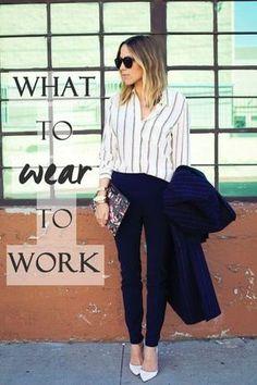 33 идеи, как одеваться в офис: синие брюки, полосатая блузка