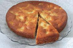 La torta di mele e cannella al profumo di limone è un dolce gustoso che si rifà ad uno dei dolci più classici ed amati di tutti i tempi. Ecco la ricetta
