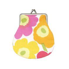 Mini-Unikko coin purse by Marimekko. Marimekko Bag, Small Coin Purse, Wallet Pattern, Change Purse, Printed Bags, Wash Bags, Floral Motif, Bag Accessories, Coins