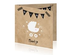 Hip geboortekaartje voor een meisje met karton, vlaggen en kinderwagen