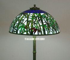 全作品All Work | TAGAMIグラス工房 | ステンドグラスのオーダーメイド制作・販売・教室 Decor, Lamp, Light, Stained Glass Lamps, Stain, Pendant Light, Home Decor, Glass Art, Ceiling Lights