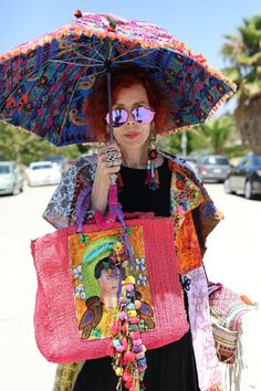 Flea marketing in style, did I wear it there or wore what I bought . Mature Fashion, Quirky Fashion, Punk Fashion, Boho Fashion, Womens Fashion, Fashion Dresses, Mode Plus, Advanced Style, Ageless Beauty