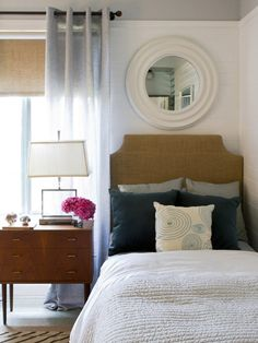 Eclectic Bedroom Guest Bedrooms Design, Pictures, Remodel, Decor and Ideas - page 4 Love the cool tones with navy and touch of pink.