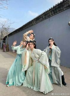 Imperial College, Bridesmaid Dresses, Wedding Dresses, Female, Celebrities, Fictional Characters, Dramas, Chinese, Fashion
