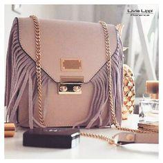 5d2e346deb A(z) Livia Lippi Lasa táska nevű tábla 15 legjobb képe | Backpack ...