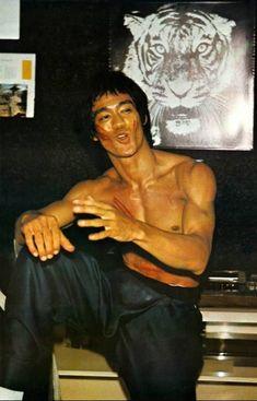 Brandon Lee, Kung Fu, Eminem, Mejores Series Tv, Bruce Lee Martial Arts, Bruce Lee Photos, Jeet Kune Do, Enter The Dragon, Martial Artists