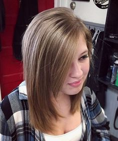 Stylish Mid Length Layered Hairstyles 2018 for Teenage Girls with Round Faces