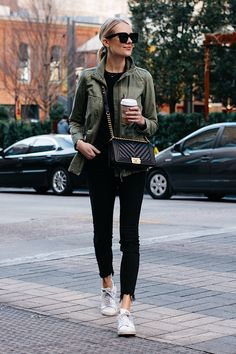 Fashion Jackson Madewell Fleet Jacket Green Jacket Black Skinny Jeans adidas original Sneakers Chanel Black Boy Bag #casualstyle #blackdenim #athleisure