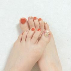 toenails, summer toenails toenail designs for summer, simple pedicures, hot toenails 2019 Feet Nail Design, Toe Nail Designs, Feet Nails, My Nails, American Nails, Summer Toe Nails, Toe Nail Art, Halloween Nails, Manicure And Pedicure