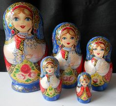 Russia Souvenirs autor's dolls nesting by Matryoshka Doll, Kokeshi Dolls, Typical Russian, Art Themes, Wooden Dolls, World Cultures, Pattern Art, Handicraft, Adult Coloring