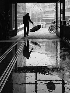Street photos by Martin Weibel black and white