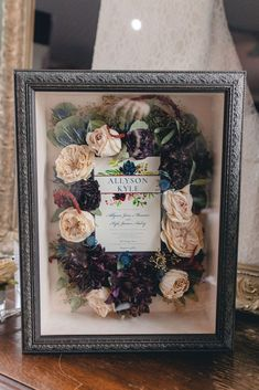 wedding bouquet shadowbox of preserved flowers and invitation. Freeze Dried Flowers, Dry Flowers, Bride Flowers, Bridesmaid Flowers, Flower Bouquet Wedding, Wedding Gift Inspiration, Wedding Ideas, Bouquet Shadow Box, Flower Preservation