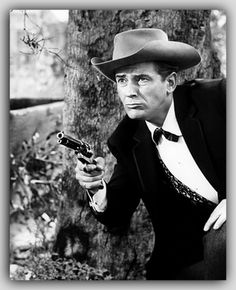 Jack Kelly (1927 – 1992) as Bart Maverick. Though Garner was originally supposed to be the only Maverick, the studio eventually hired Jack Kelly to play brother Bart in the 8th episode. It took over a week to shoot a single episode, so Kelly was hired to rotate with Garner as the series lead, using two separate crews (occasionally appearing together). While Kelly developed a following among the show's female fans, not everyone was happy with his addition to the cast.