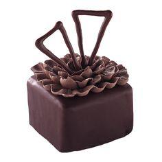 Gifted Ganache Mini Cakes | Wilton